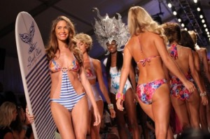 Underwire-bathing-suits-2013-Miami-Summer-550x366