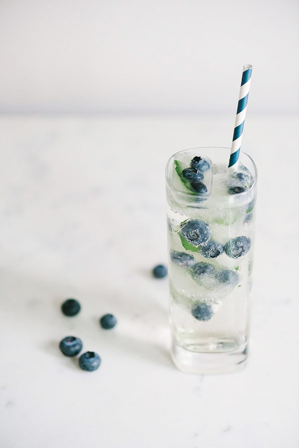 Blueberry-Mint-Fizz