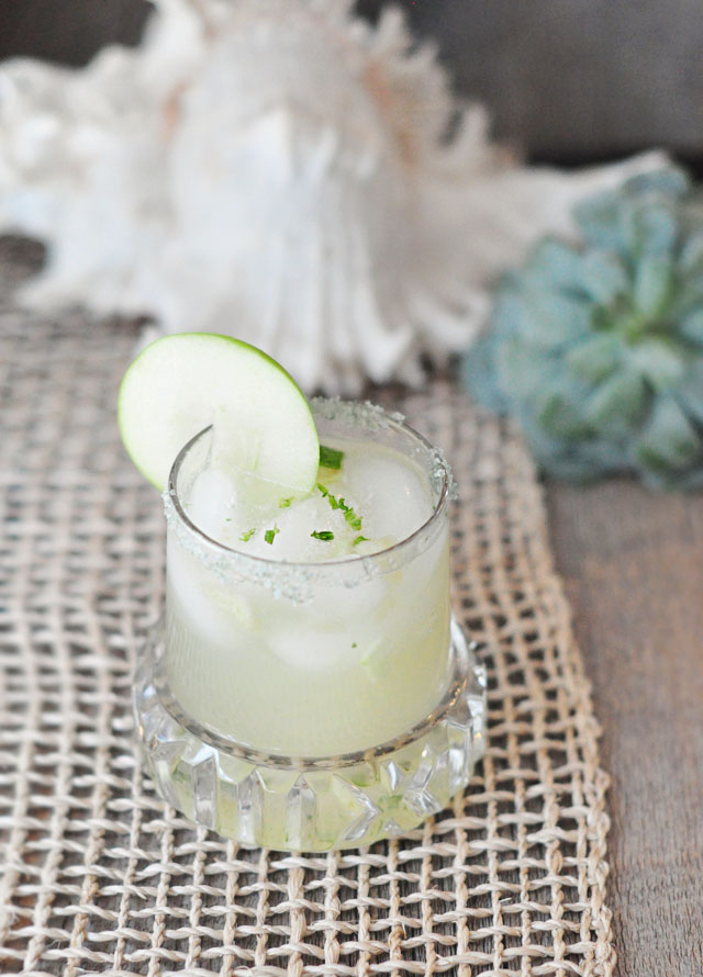 yummy-tequila-drink-cocktail-recipe.jpg